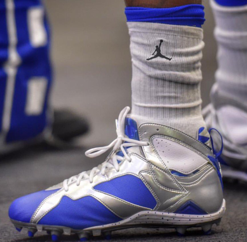 2f3d46145 dez bryant s cleats tonight nike s nfl deal doesn t include allowing jordan  logo on