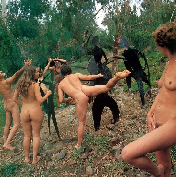 Indonesian girls fighting in the nude