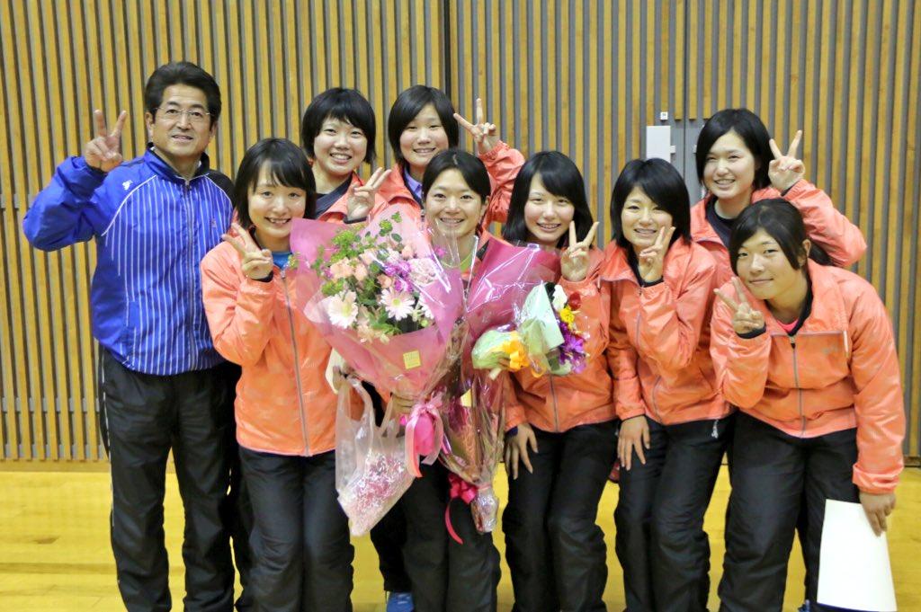 ぉまみ on Twitter \u0026quot;◆ソフトテニス日本リーグ◆今シーズンで競技から一線を退く選手たちにチームの枠を超えて花束が贈られていました!!もう試合をみれないのかと