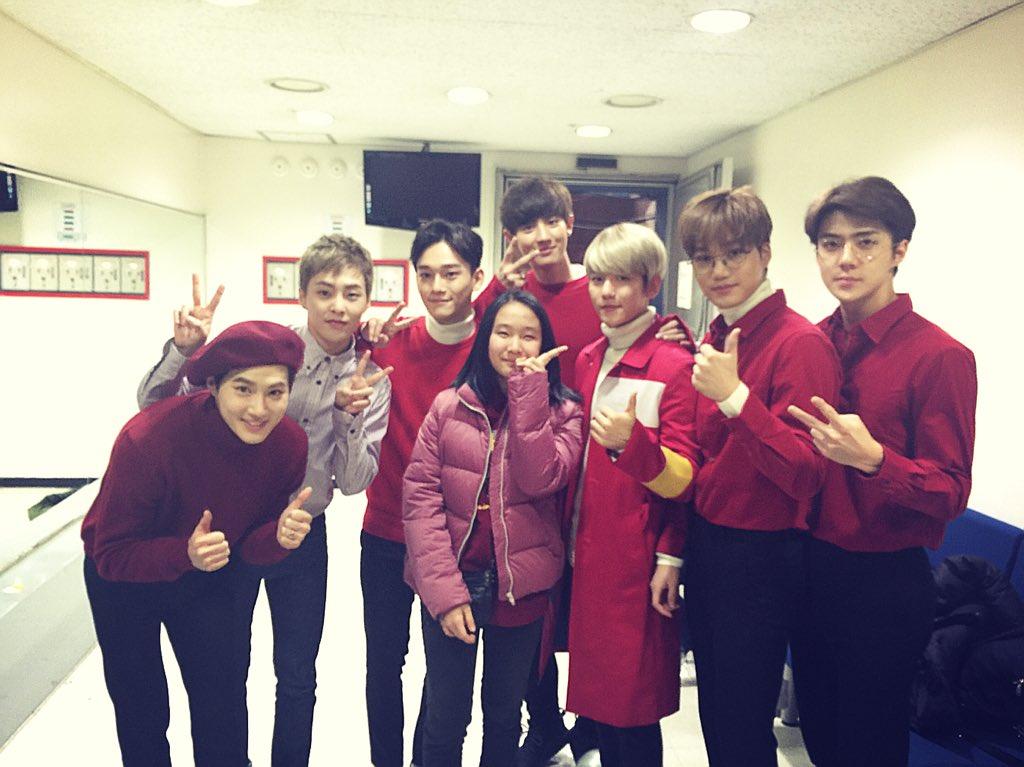 Alina finally got to meet EXO~ #dreamscometrue #EXO #SBS #Inkigayo #인기가요 https://t.co/zeieNJLcmS