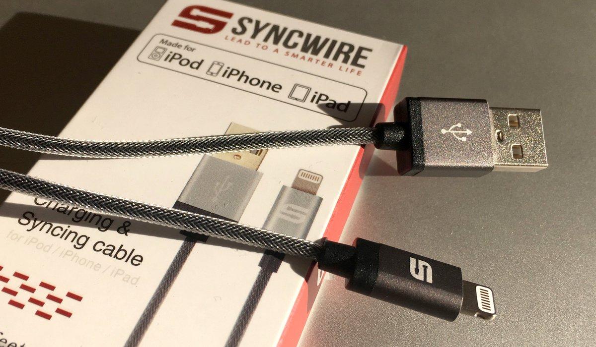 3 câbles SyncWire pour iPhone/iPad à gagner - Follow @iPhonFR et RT - Autres chances là : https://t.co/bd9S9A69Wf https://t.co/ErqTAWtAzH