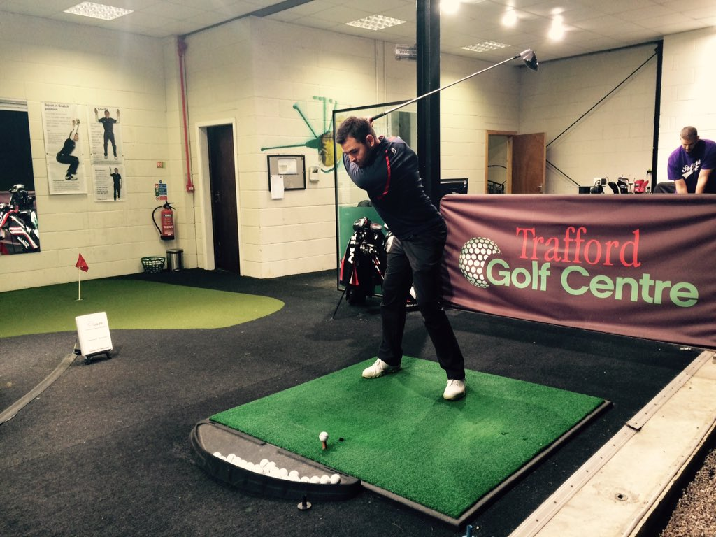 Theres still time to give the gift of golf this Christmas. Packages available @TraffordGolf #golflessons #golfcoach