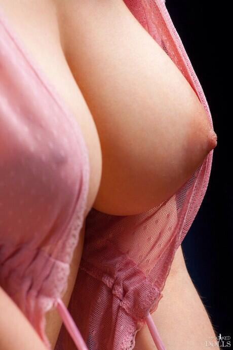 фотографии больших голых женских прелестей