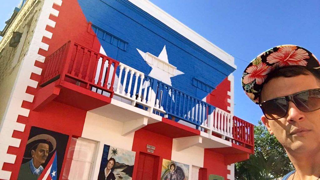 #PuertoRico nunca se apagará @PuertoRicoPUR https://t.co/F17Caqn909