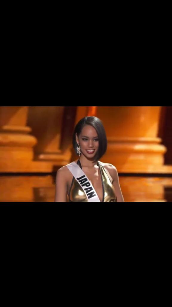 Simone Clarke Cooper you ain't slick #MissUniverse @televisionjam https://t.co/1bDnAvHgZC