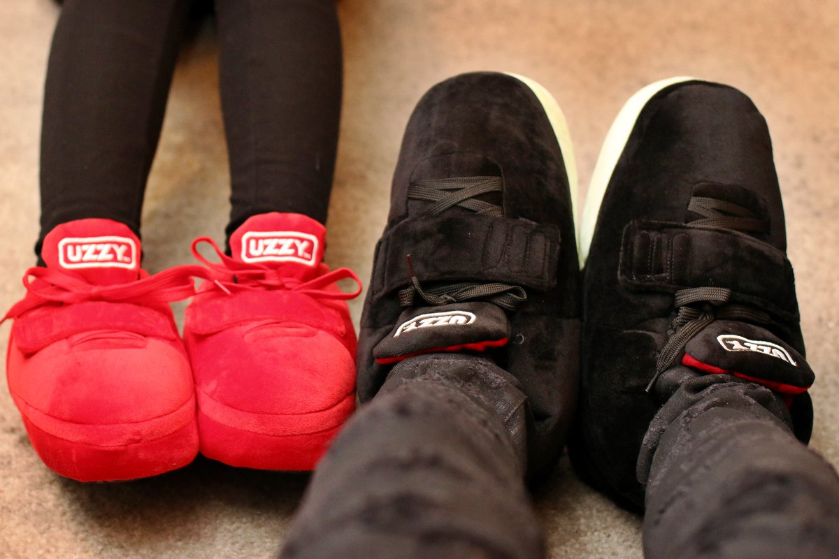 7d117c94a92a6 When you and your bae have yeezy house slippers….. - scoopnest.com
