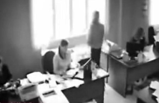 YOUTUBE Suicidio in diretta dopo il licenziamento al lavoro