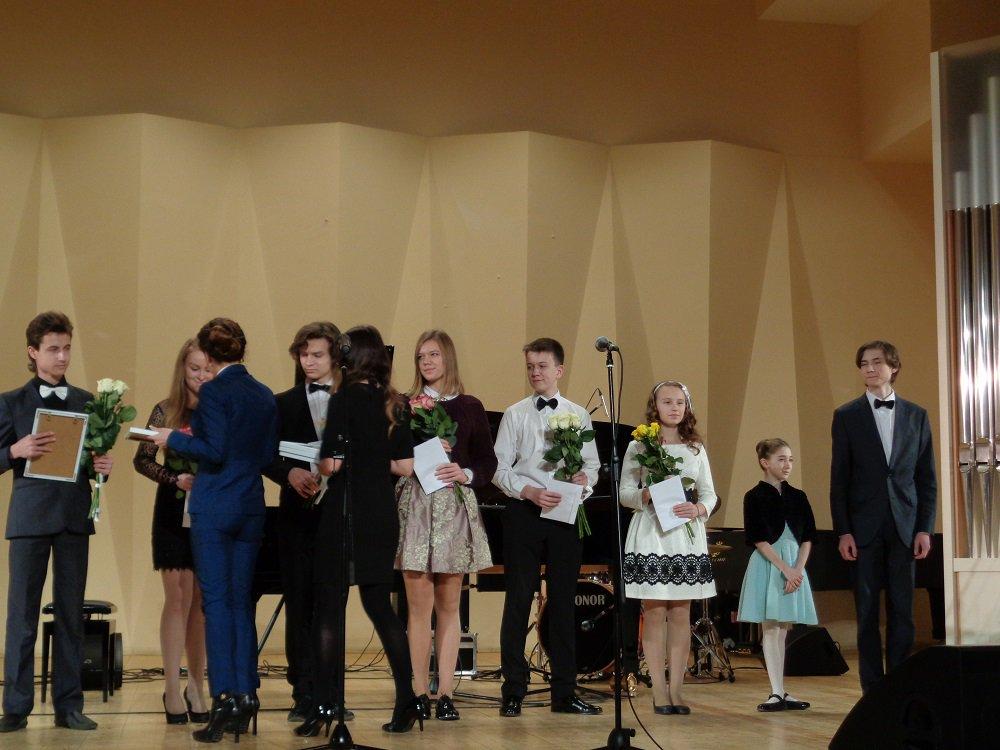 постановление правительства москвы от 30.09 2015
