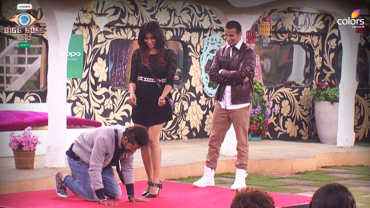 Bigg Boss 9: Shah Rukh Khan And Kajol Had A Series Of Tasks For The Housemates