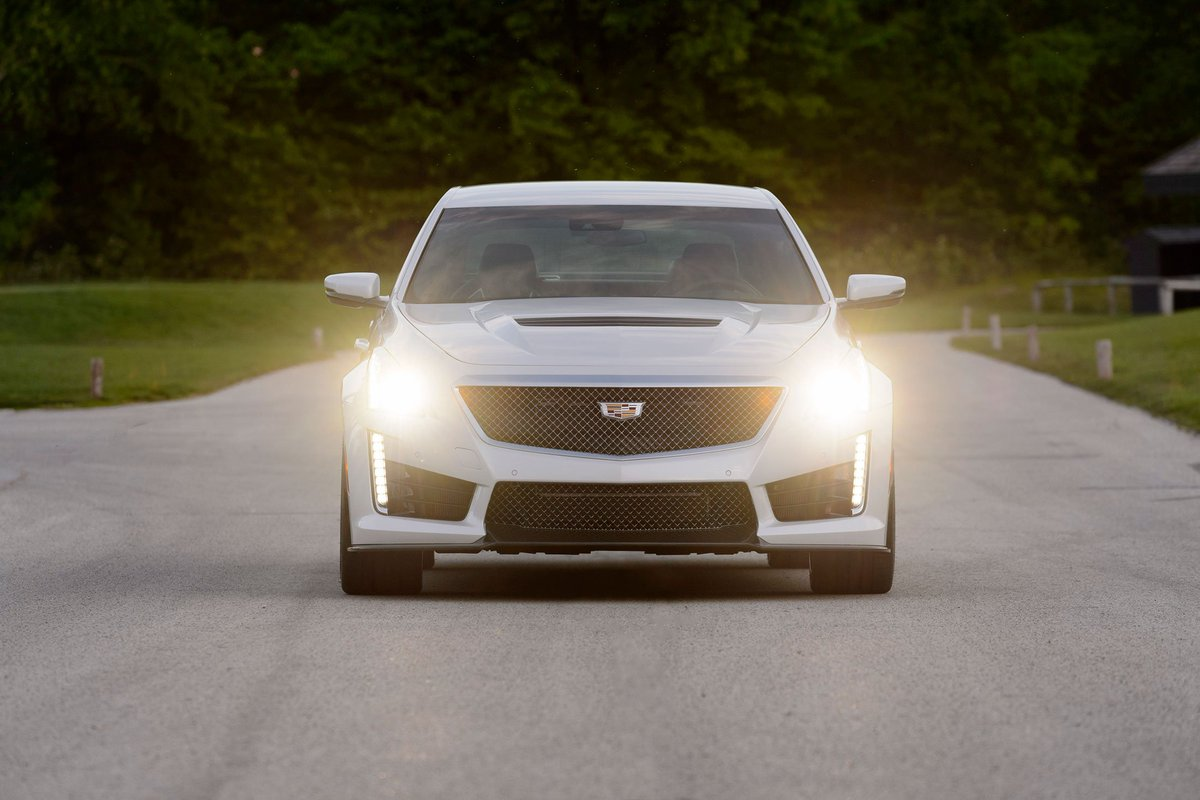 In case you were wondering about the 2016 CTS-V.... https://t.co/ecwyLLYWhi https://t.co/eLGVroL0dA