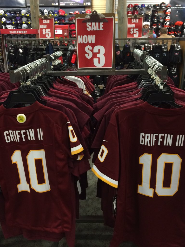 Wow RT @chucksapienza: I know his run here is over but $3 jerseys? A Lego Mini Bryce Harper was $5   #Redskins #HTTR https://t.co/KRVUZuOaaw