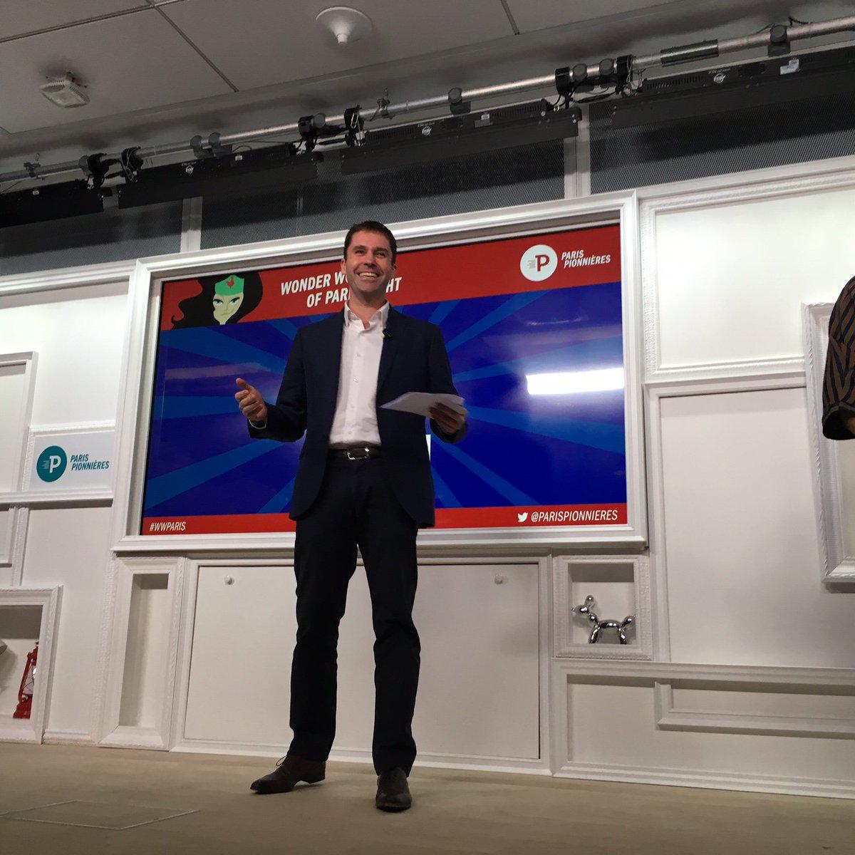 """Nick Leeder, DG @GoogleFrance @MoteurReussites """"Les startup jouent un rôle fondamental dans l'écosystème"""" #WWParis https://t.co/yv41gHpOZv"""