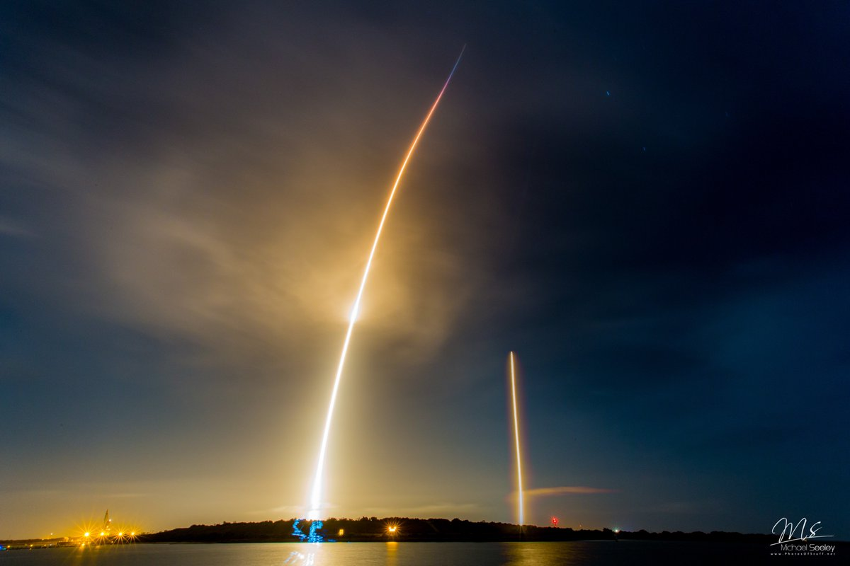 My friend @Mike_Seeley also got a long exposure of @SpaceX #Falcon9 launch/landing https://t.co/SyRfakGd9q #newspace #photography