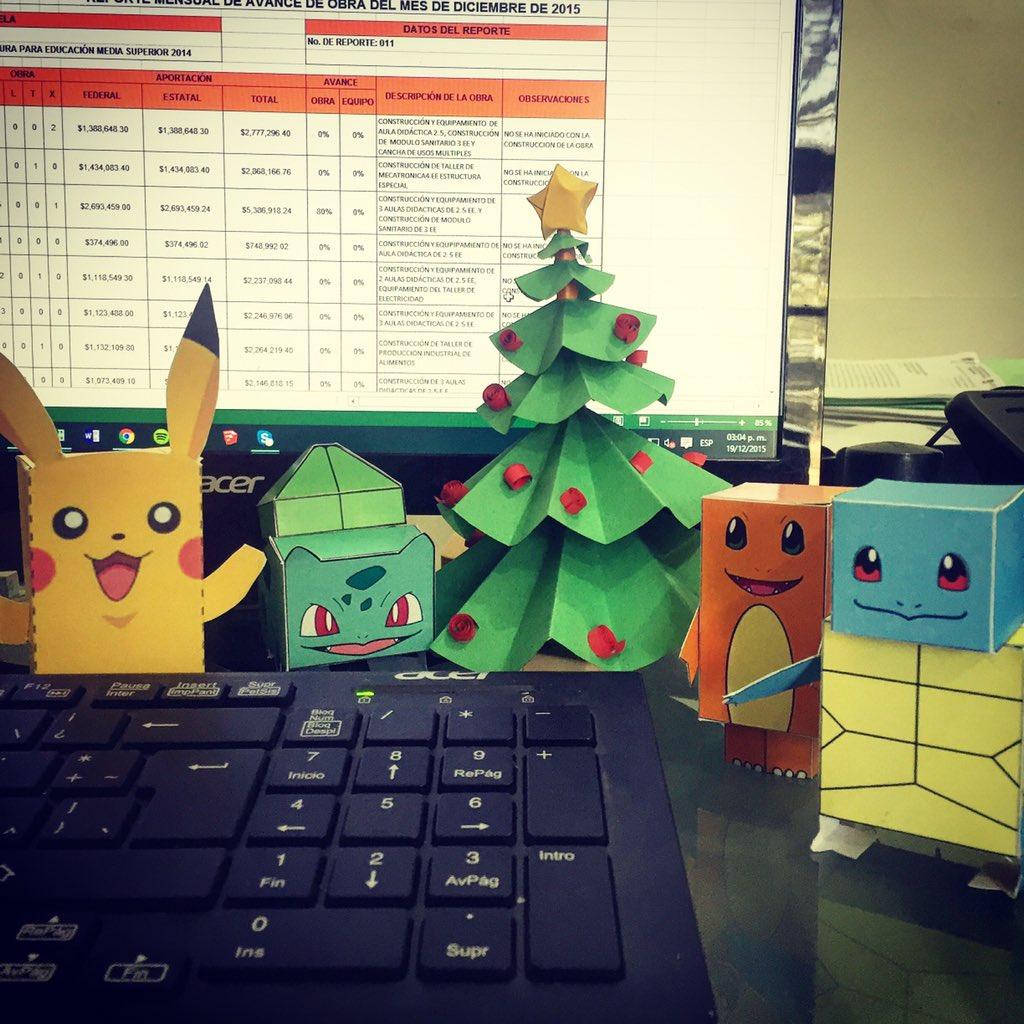 Geek Godinez Papercraft Tree Pokemon Bulbasaur Charmander Squirtle Pikachu Tco 2BxOlT40OZ