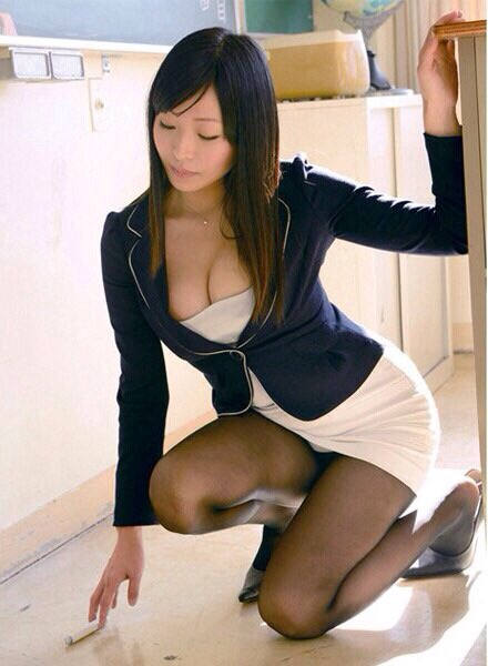 Seductive japanese office girl got the anal creampie she wan 8
