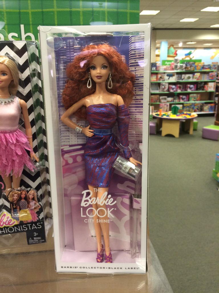 Didn't realize you had your own Barbie now. Werq gurl! lol @MartiGCummings https://t.co/FCdFWCzuDm