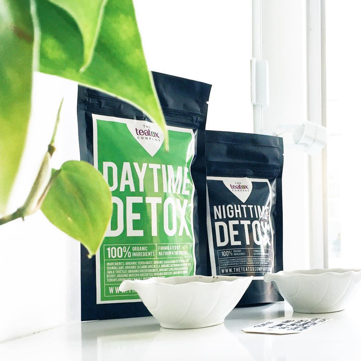 CONTEST ALERT! #YYZMag x @TheTeatox giveaway: 14-day #teatox set for 2! To enter, retweet & tag a friend #2016Detox https://t.co/mQKKu9fslY