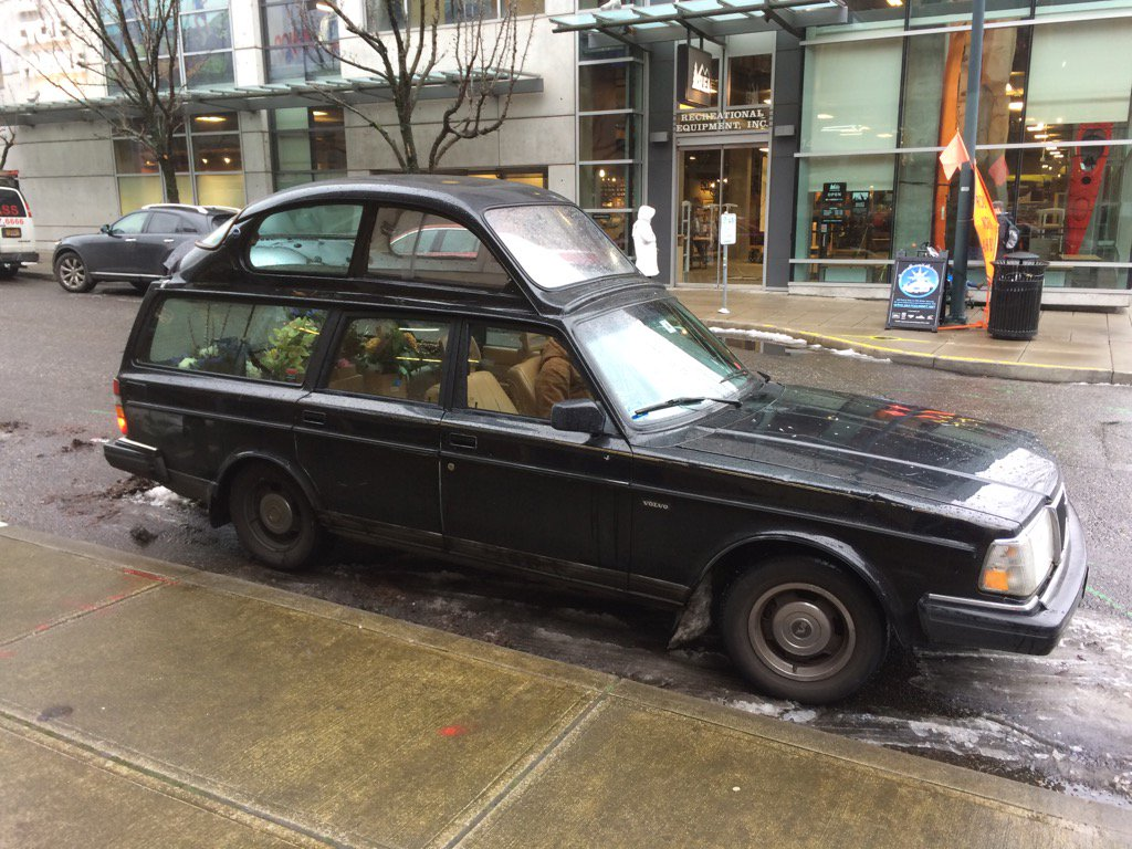 Yep. It's a Volvo station wagon with a VW bug welded on top. #Portlandia https://t.co/q0D8te8y3X