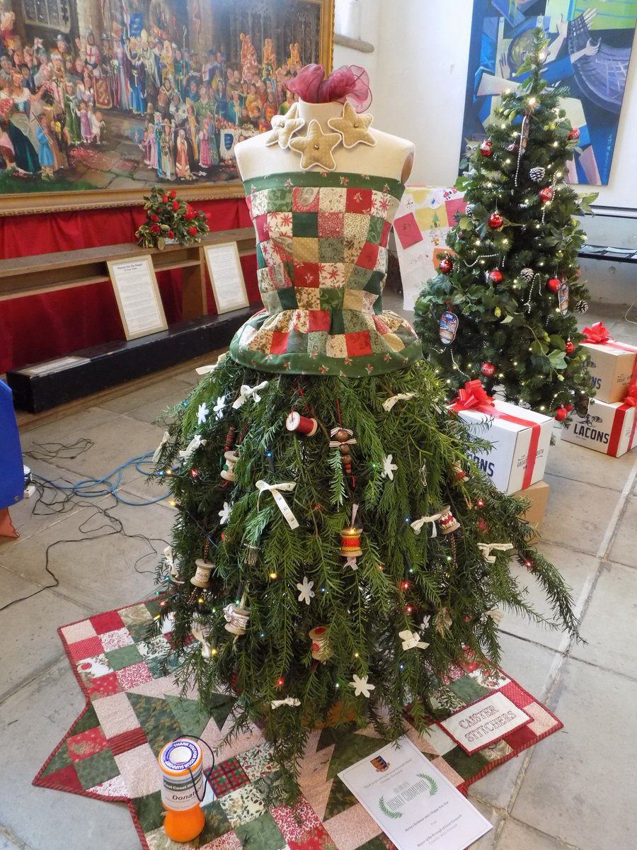 """ Shop Eat Play Stay  on Twitter: """"Did you see the creative ideas at the Christmas Tree festival at @GtYarMinster Why not do your own in 2016?"""