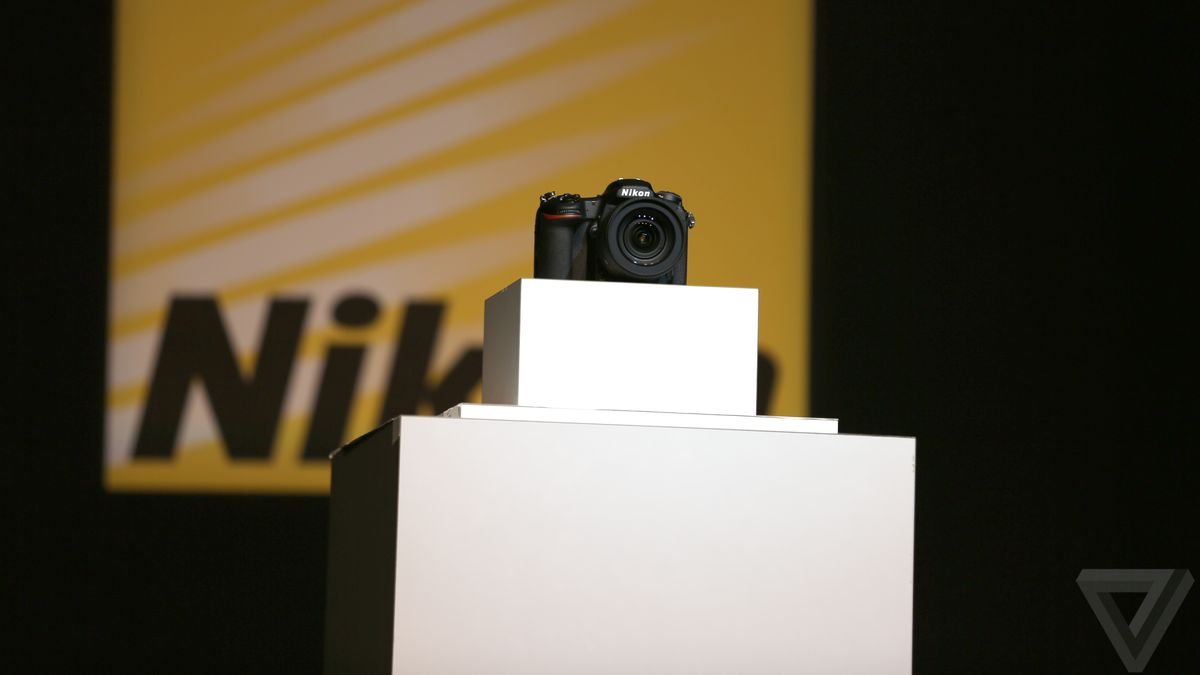 Nikon announces the D500, its new DSLR for the smartphone age