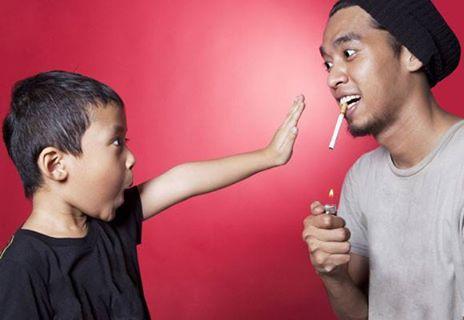 Jauhkan Anak Dari Bahaya Asap Rokok - AnekaNews.net