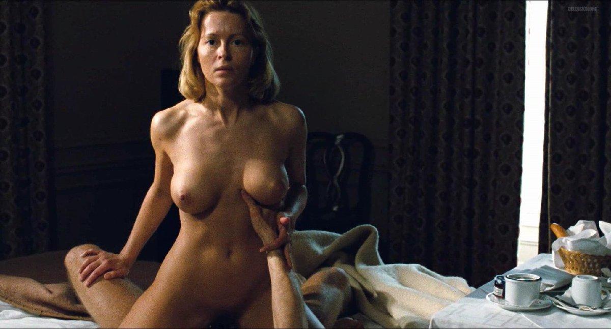 Kristen Stewart Naked 6 Photos