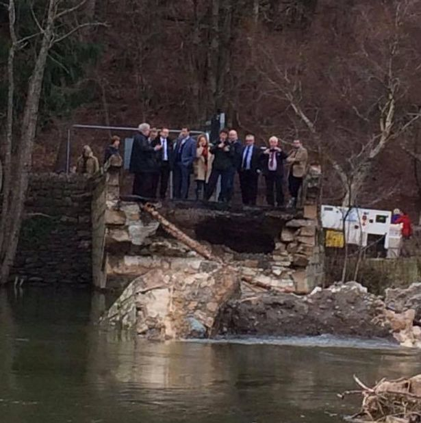 OOPS! Tory ministers arrive at wrong side of collapsed bridge to meet flooded locals https://t.co/CmFsvvja9F https://t.co/hag4L7uEij