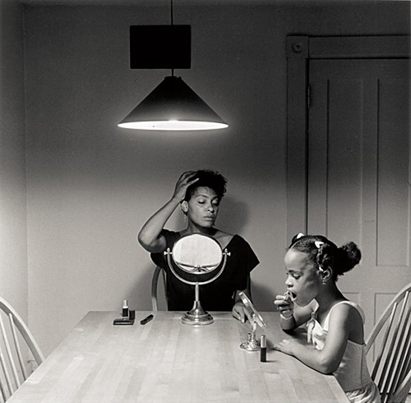 Carrie Mae Weems wins CAA's 2016 Distinguished Feminist Award https://t.co/PQldP3wdZG @jackshainman https://t.co/G2g1Th18mD