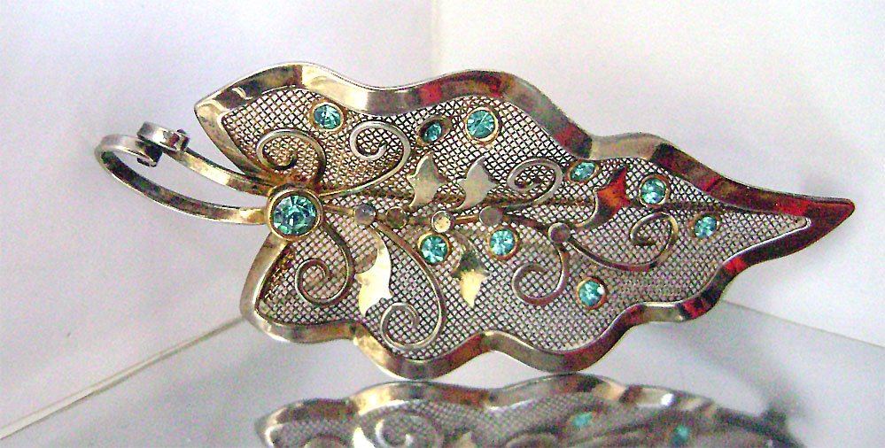 #Vintage #Sterling Vermeil Mesh Leaf #Rhinestone #Brooch Signed Bond Boyd JustSparkles https://t.co/Q46GaYw1Ch @Etsy https://t.co/W2I3kiNC6V