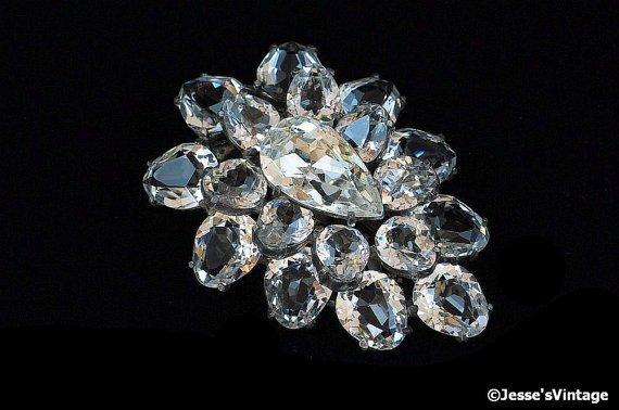 Art Deco Eisenberg Original Dress Clip Austrian Crystal 7 Rhinestone Open Back Setting https://t.co/nfH6tyySVj https://t.co/60r6ZHYOVS