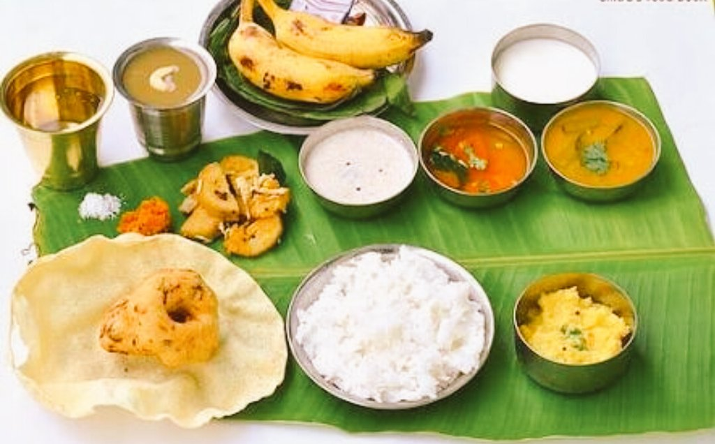 @WCF2016 The delicious Tamil #Lunch #Dal #Rice #Rasam #Appalam #Payasam #Curd #Banana #Pan #WorldCulture #TamilNadu https://t.co/T8y3x8zlpG