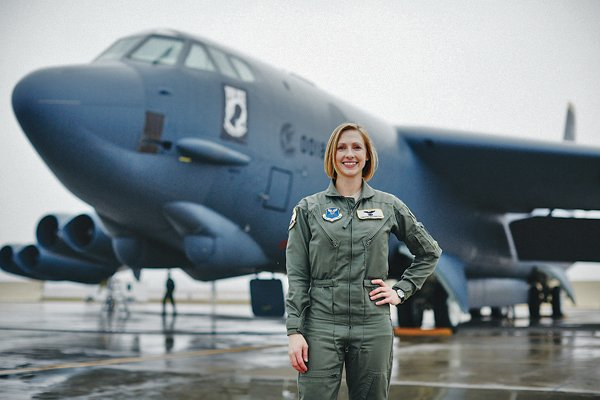 Congrats to B-52 commdr Capt Christin Mastracchio (AeroAstro SM '10) #MITAlumni -admitted to USAF Test Pilot School! https://t.co/3EaZ5RKh6U