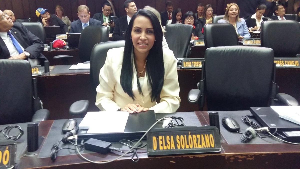 ·  @delsasolorzano: Desde aquí seremos la voz del pueblo mirandino. ¡Guaicaipuro, Carrizal y Los Salias presentes! https://t.co/DekFrLs8S4
