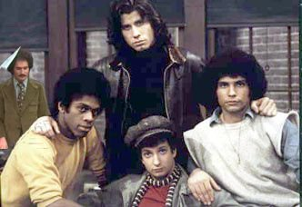 @SilverAgeTV #WelcomeBackKotter #GabeKaplan wanted show to end 1 season earlier. Returned only if his role reduced.<br>http://pic.twitter.com/0HB0LM3TOb