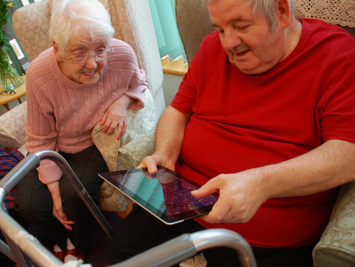 Want to learn to use #iPads with #Olderpeople? First course of 2016 is in #Bristol feb 25th https://t.co/b9xZfgSLxe https://t.co/1cWyXkIyvt