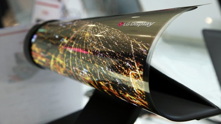 LG to Show Off Rollable Display at CES https://t.co/npjJfwuOT7 #ces2016 https://t.co/zmwHGR0CPa