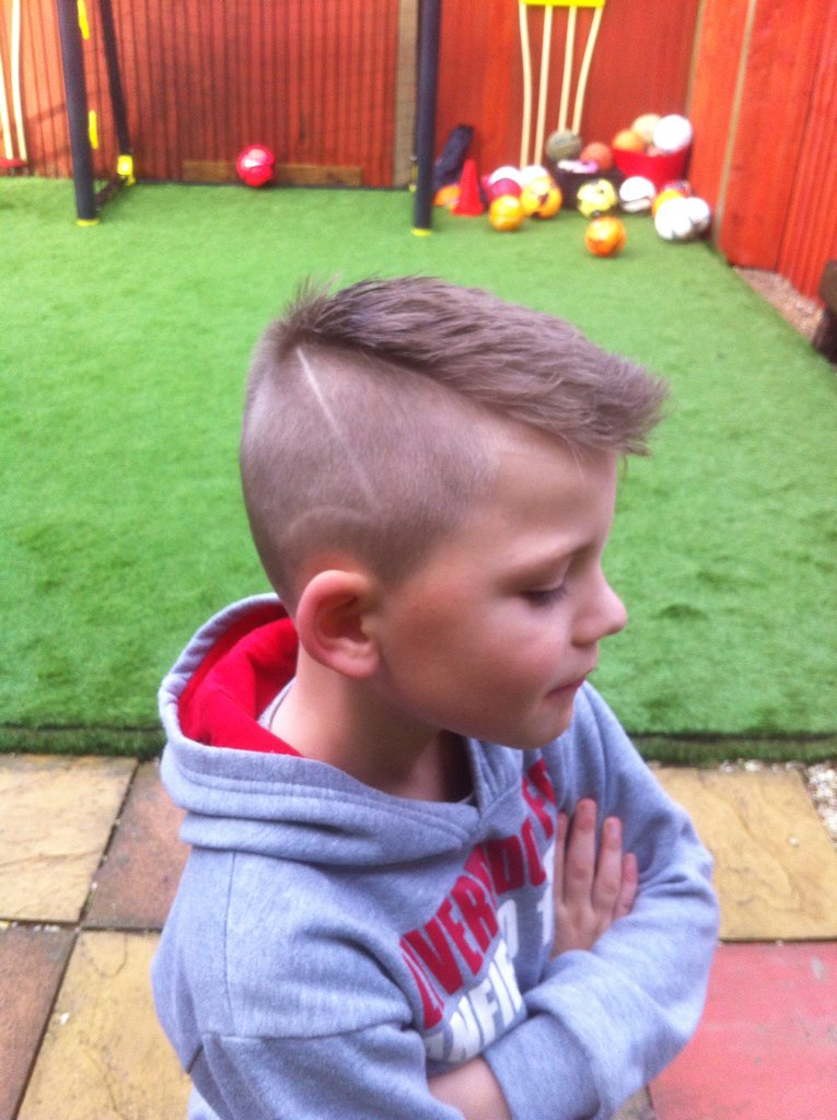 Blaze Gerrard Brown On Twitter My New Cr7 Haircut Cristiano