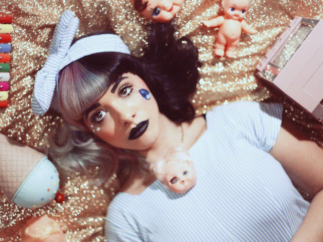 Have yourself a very creepy Christmas, courtesy of @MelanieLBBH - https://t.co/Dyr8hPMcto https://t.co/cAg9QxYFGA