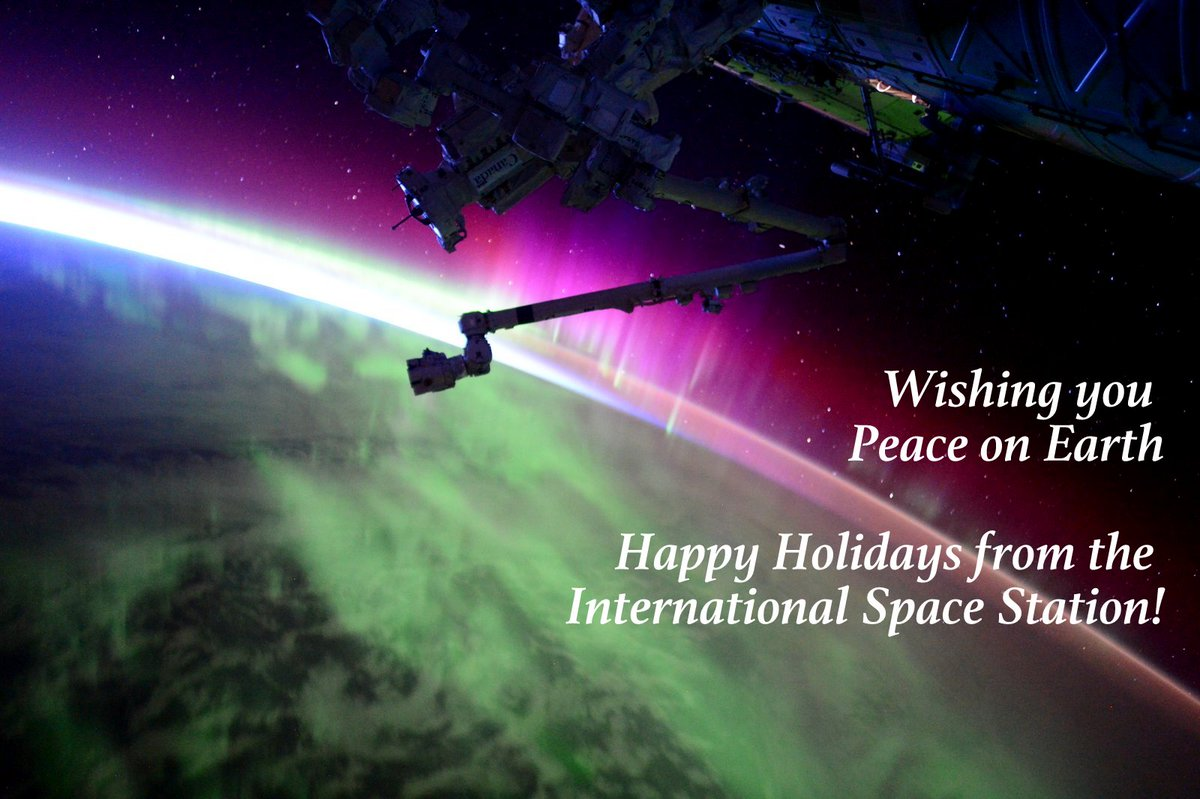Wishing everyone this #ChristmasEve #PeaceonEarth and #HappyHolidays from @space_station! #YearInSpace