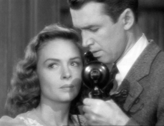 Sexier than 60% of cinematic love scenes today. #ItsAWonderfulLife https://t.co/Wdzjuat1Wr