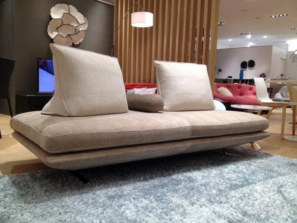 on twitter 2 laba intelior sofa. Black Bedroom Furniture Sets. Home Design Ideas
