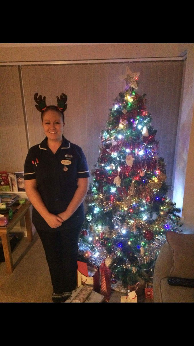 NHS Working Xmas: doctors and nurses share their Christmas shifts on Twitter