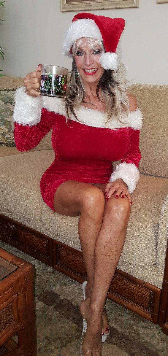 Santa claus fucking a whore - 1 9