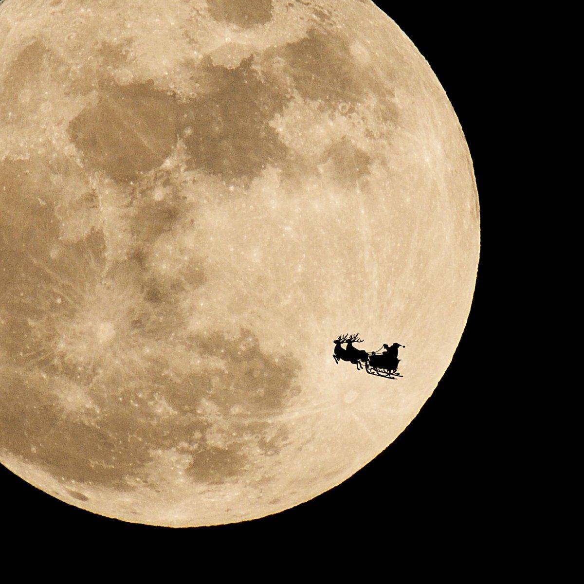 今日は満月のクリスマス。 来年も来てね〜(笑) https://t.co/eztLp8a6dS