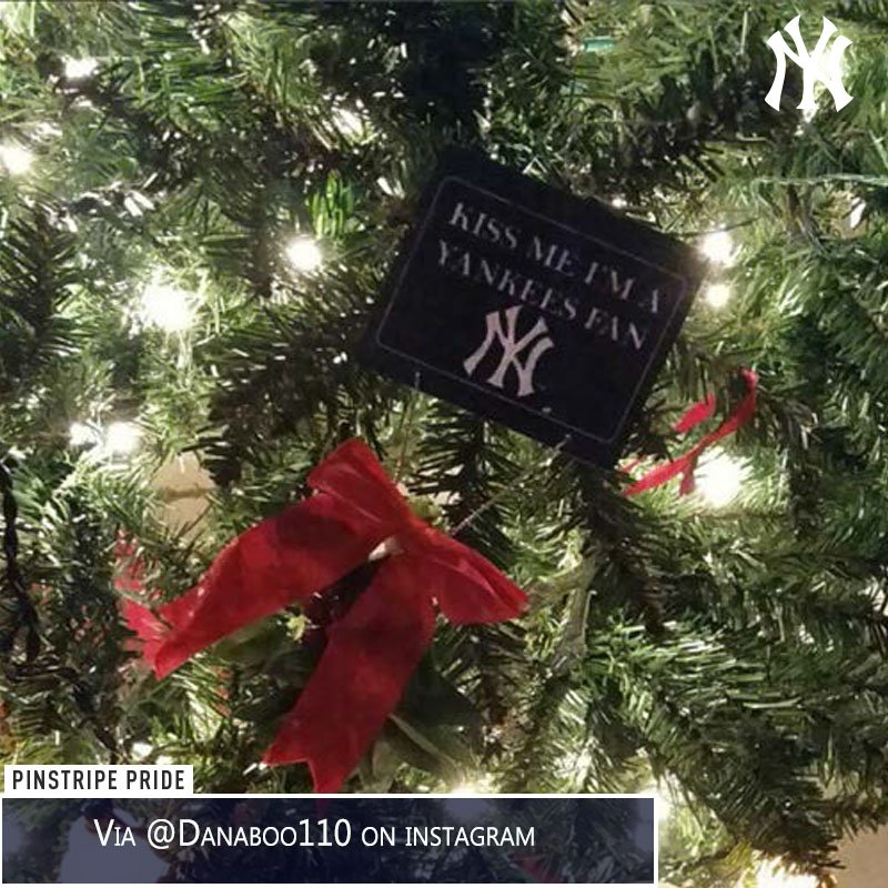 new york yankees on twitter merry christmas to those celebrating today anyone get any yankees gifts tag pinstripepride in your photos