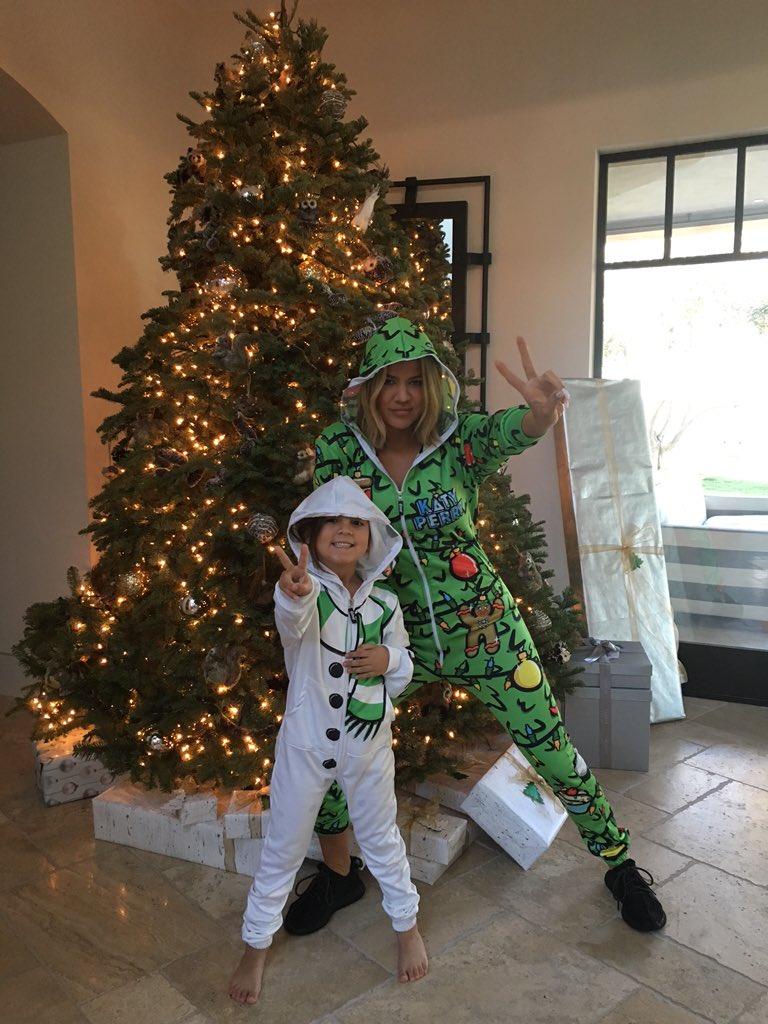 Khloè Kardashian celebrated Christmas wearing Katy\'s onesie - Katy ...