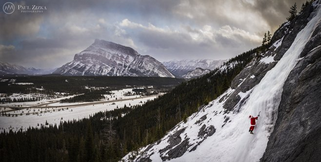 Peace on Earth - Merry Christmas from Banff!!  Photo by @PaulZizkaPhoto https://t.co/cDO6mOKomK