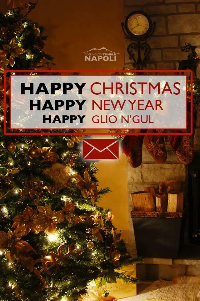 Buon Natale Napoletano.Anna Trieste On Twitter No Ragazzi Spieghiamo A Questo