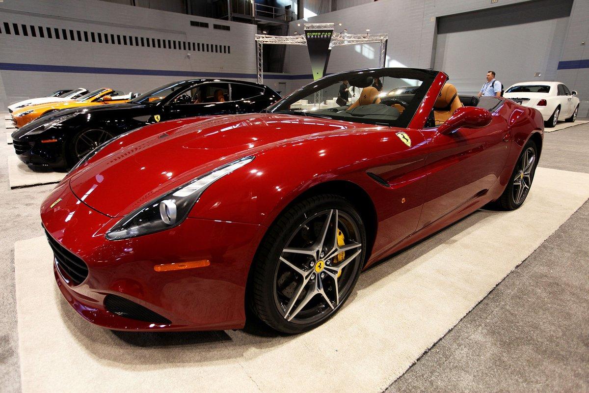 Ferrari richiama la nuova California T
