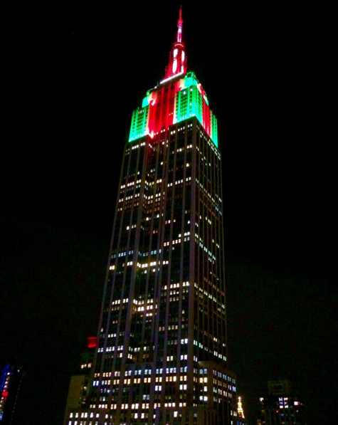 Photo: New York City's Empire State Building displays red, green ...